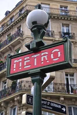 パリ・地下鉄