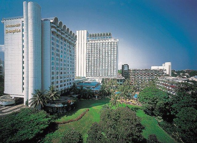 =ビジネスクラスご利用= ♪ホテル特典あります♪ 【SQ631(午前発)】 ※シャングリ・ラ(タワーウィング・デラックスルーム)に泊まる※ シンガポール3日間 ~現地往復送迎付き~