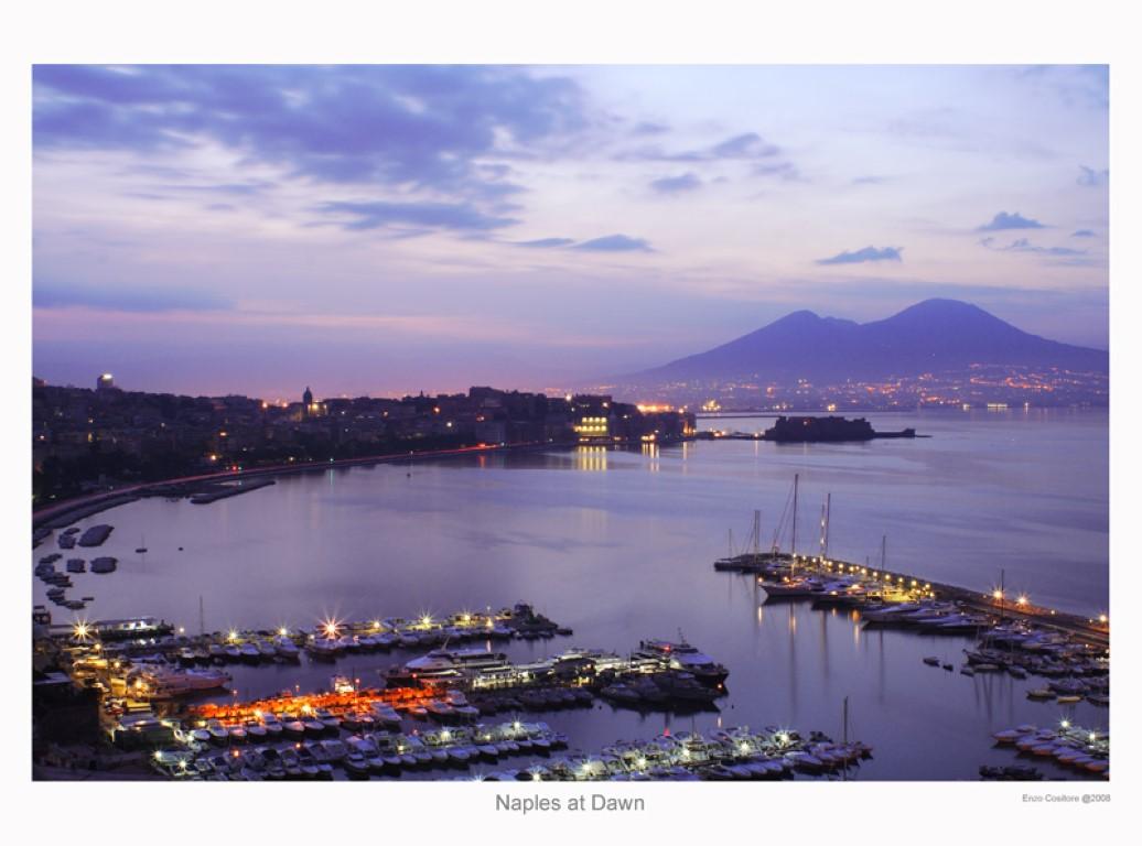 ナポリ湾とヴェズーヴィオ火山